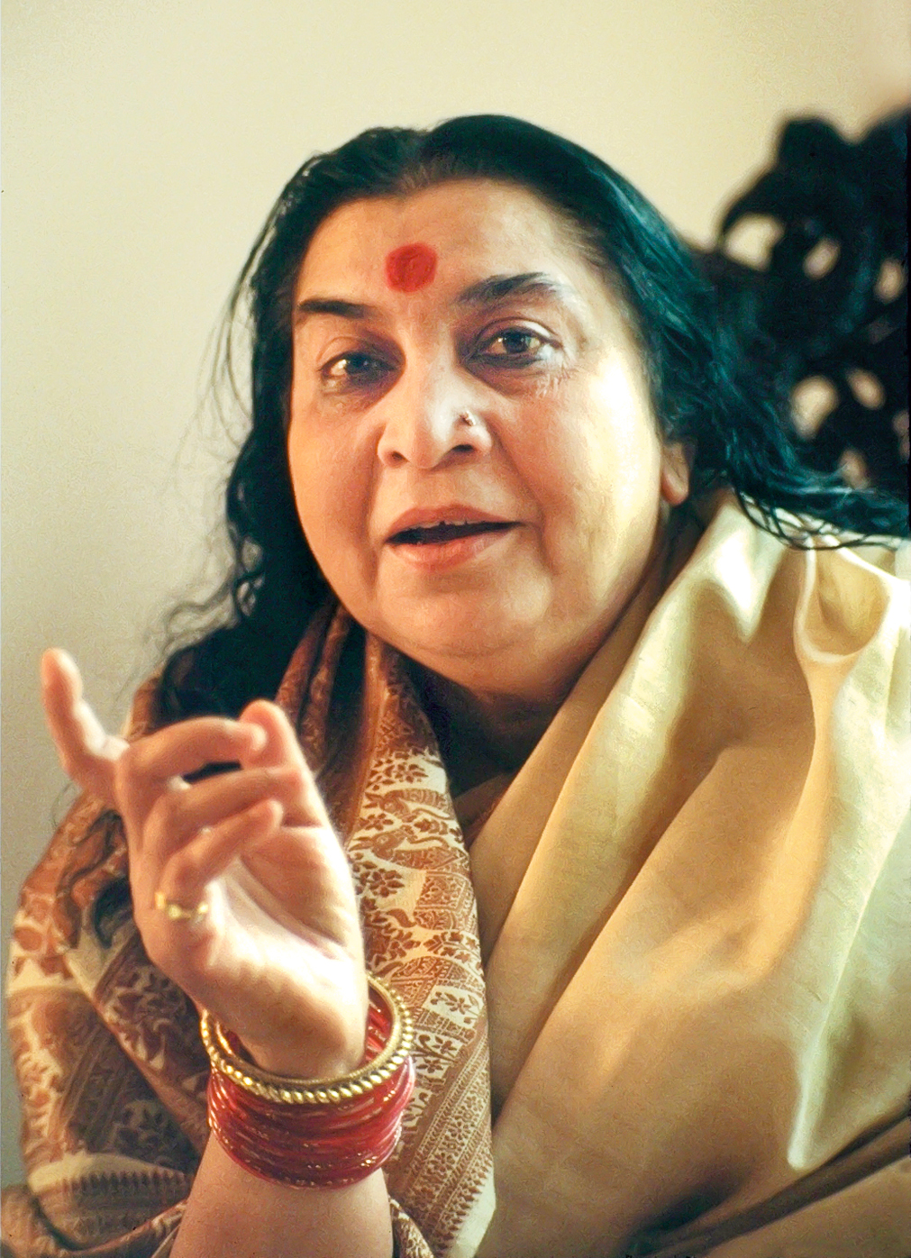 Shri Mataji in Lane Cove, Sydney 1983